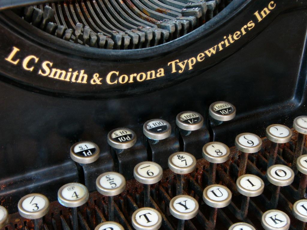 machine crire lc smith corona machine crire lc smi flickr. Black Bedroom Furniture Sets. Home Design Ideas
