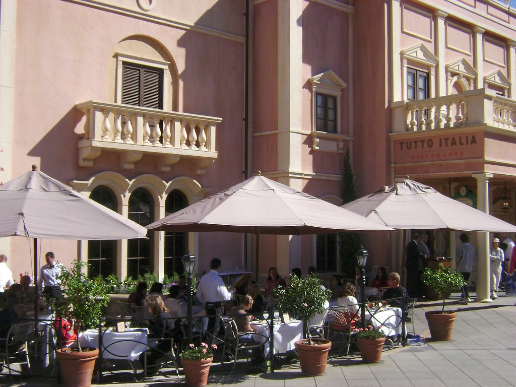 Tutto italia ristorante italy world showcase epcot wdw for Tutete italia
