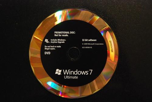 Windows 7 DVD hologram design | Long Zheng | Flickr