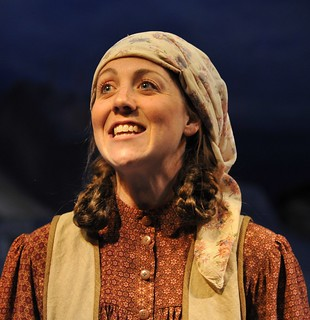 Fiddler On The Roof Julie Mcisaac As Hodel Photo By Cim