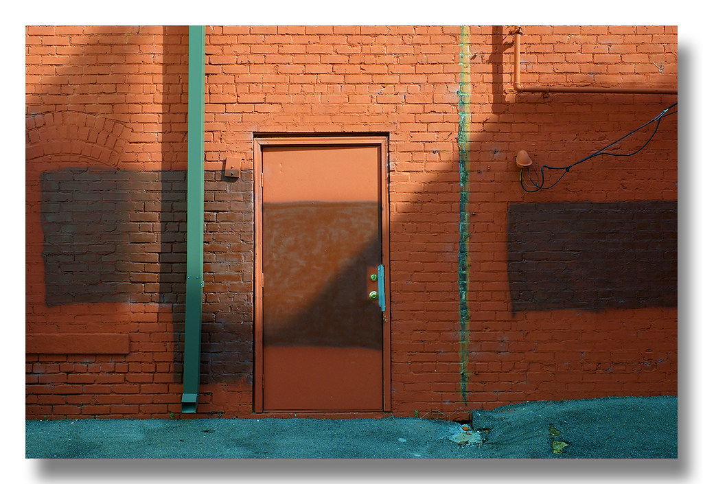 Alley Door | by newsman05 Alley Door | by newsman05  sc 1 st  Flickr : play door - pezcame.com