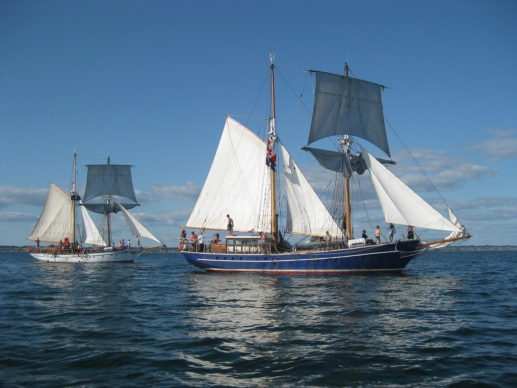 Ontario >> Tall ships S.T.V. Pathfinder and T.S. Playfair off Port Br… | Flickr