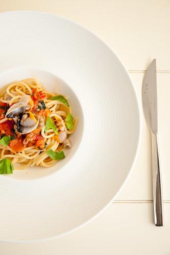 how to make clams and spaghetti