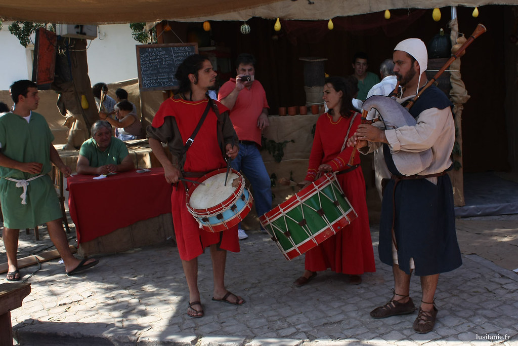 Il n'est pas rare de croiser des musiciens dans les rues, avec des cornemuses