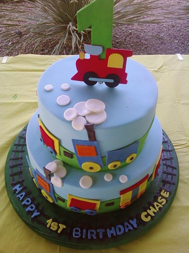 D Train Cake Pan