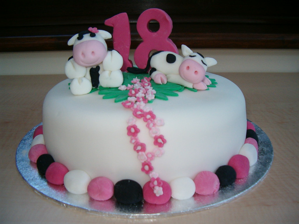18th Birthday Cow Cake Anges Cakes Peterborough Flickr