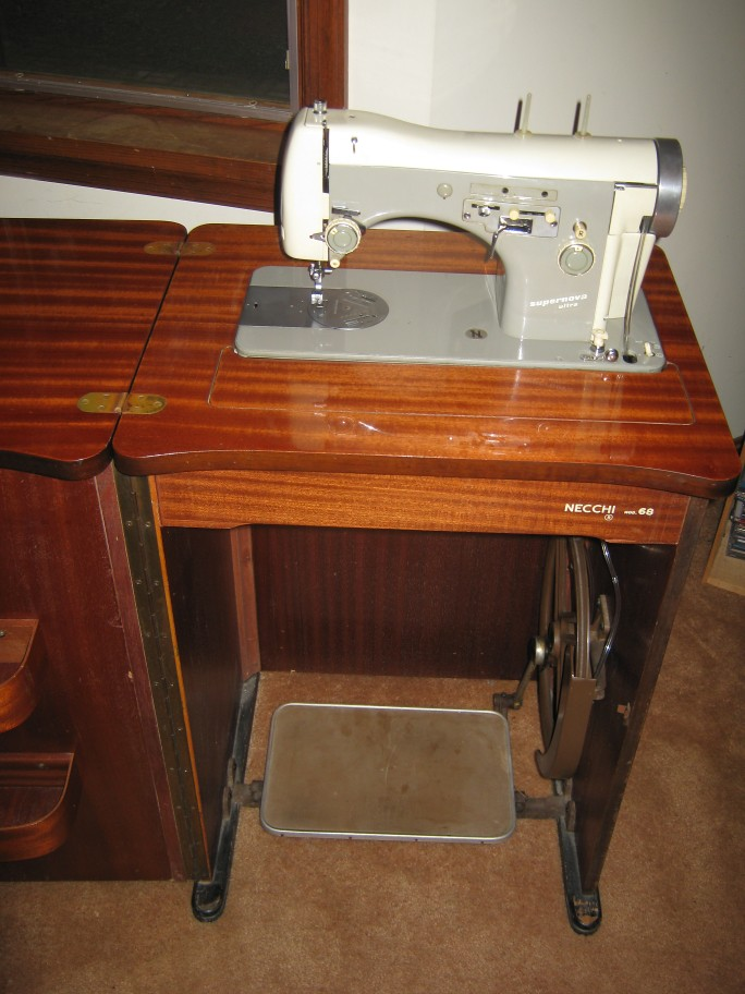 ... Necchi sewing Machine in Parlor Cabinet | by dorsetspinner & Necchi sewing Machine in Parlor Cabinet | Necchi BU Supernou2026 | Flickr