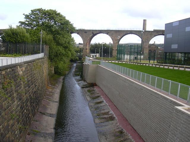 River Calder At Burnley College Uclan Princess Way