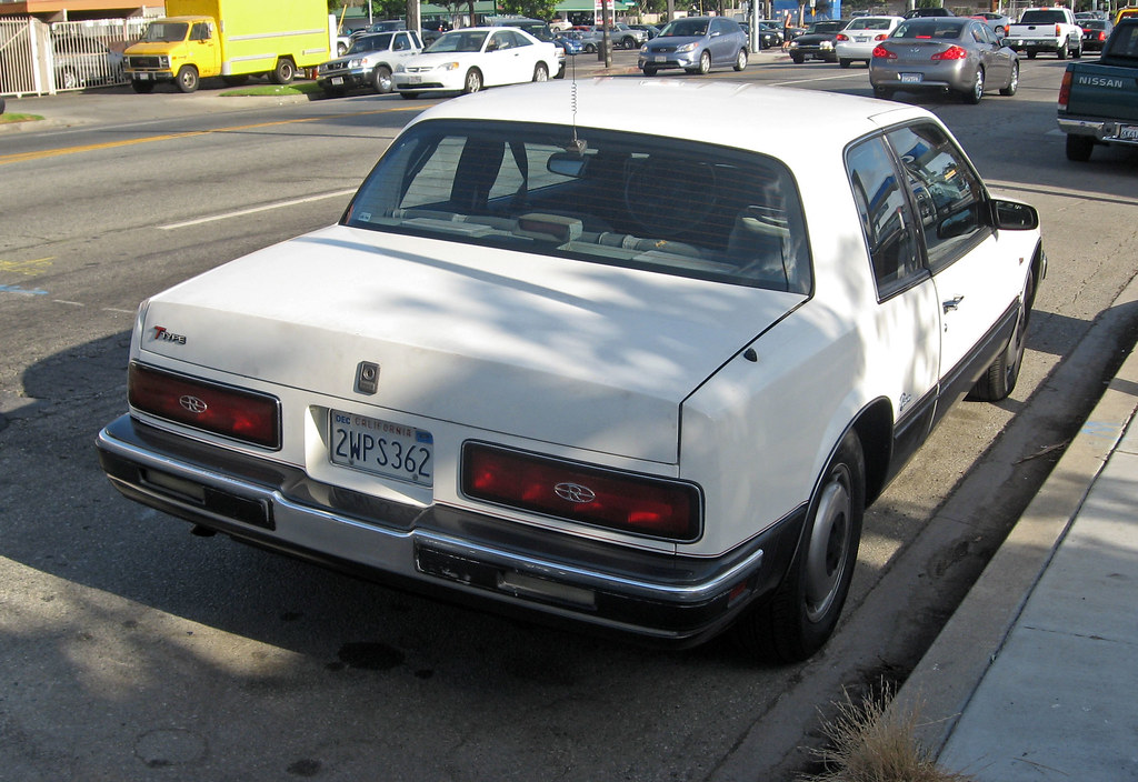 1986 buick riviera t type rear 3q it 39 s frequently. Black Bedroom Furniture Sets. Home Design Ideas