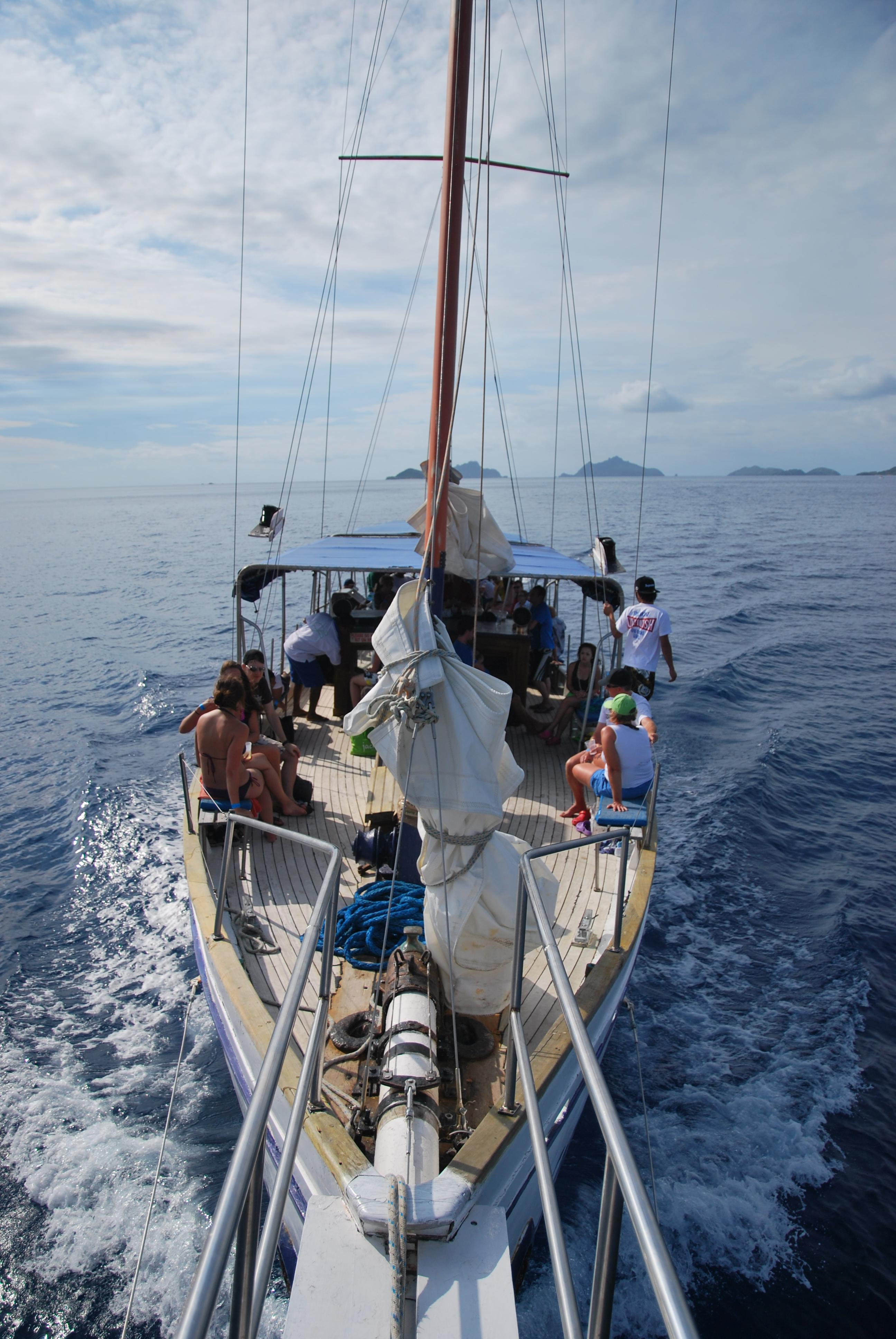 Yasawa Islands - Sailing Cast Away Movie - Fiji