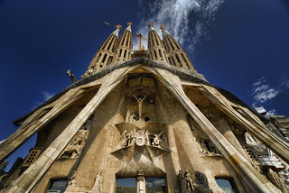 Spain - Barcelona - Sagrada Familia - looking up - wide | by Darrell Godliman