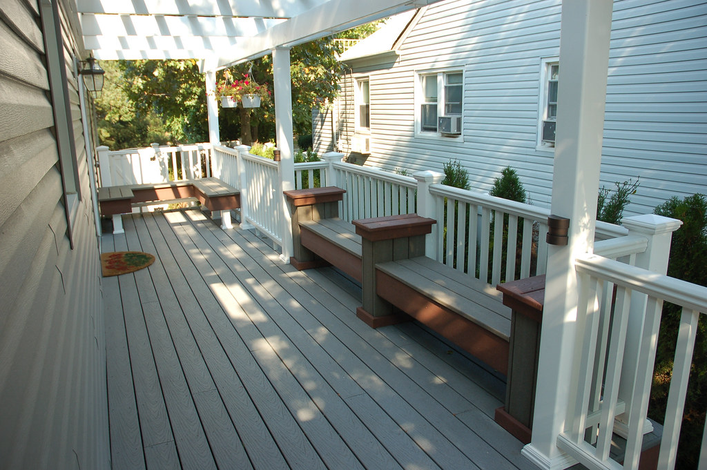 Trex Deck And Benches Trex Composite Decking With Built