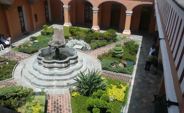 Jardines interiores explore sylvielena 39 s photos on - Jardines interiores ...