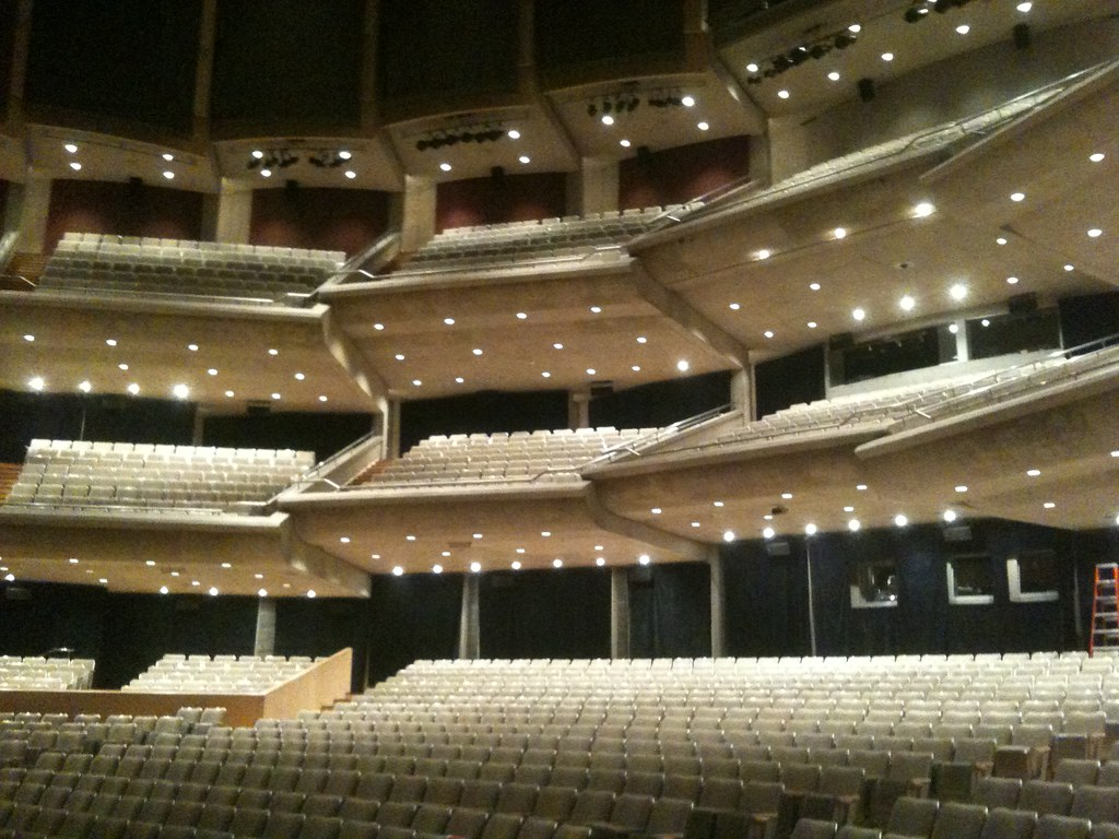 Roy Thomson Hall seati...