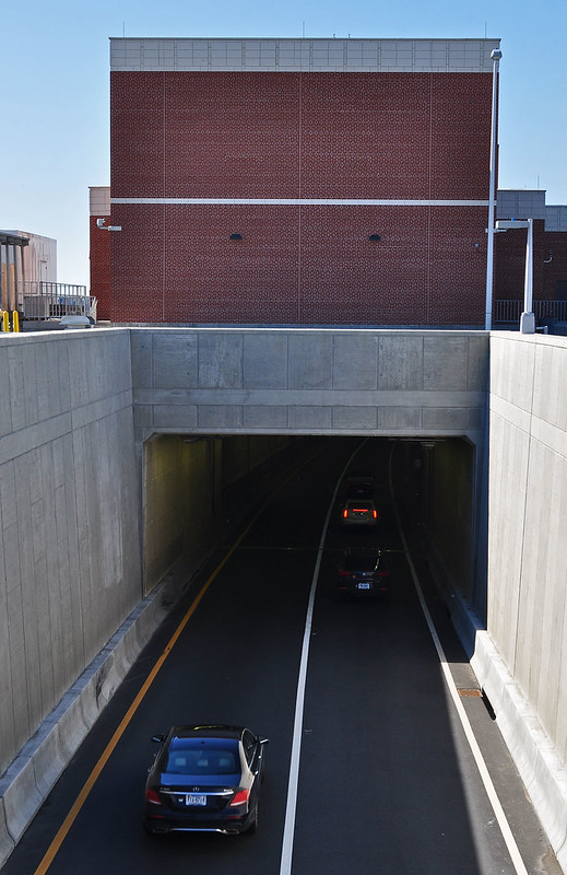 Midtown Tunnel (1)
