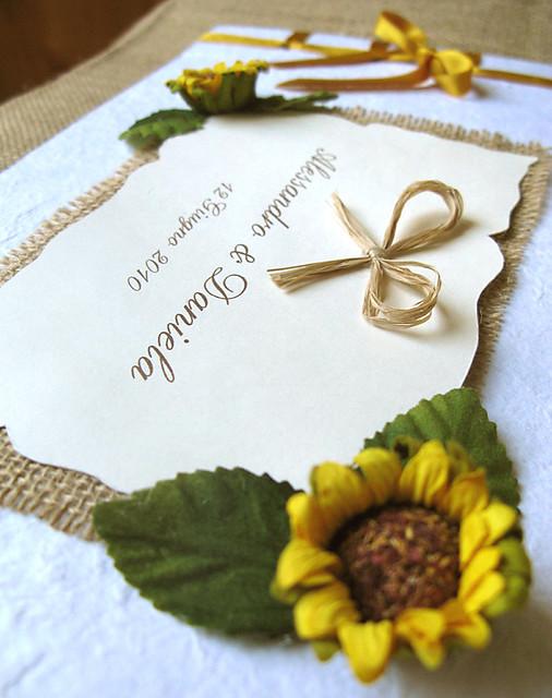 Guestbook Matrimonio Girasoli : Guestbook girasoli copertina officine creative spot u flickr