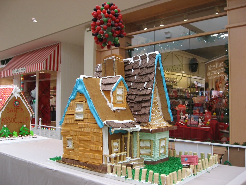 Gingerbread House From Movie Up Beautifulcataya Flickr
