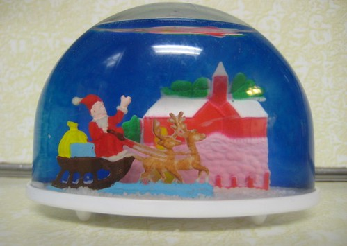 plastic vintage snow globes
