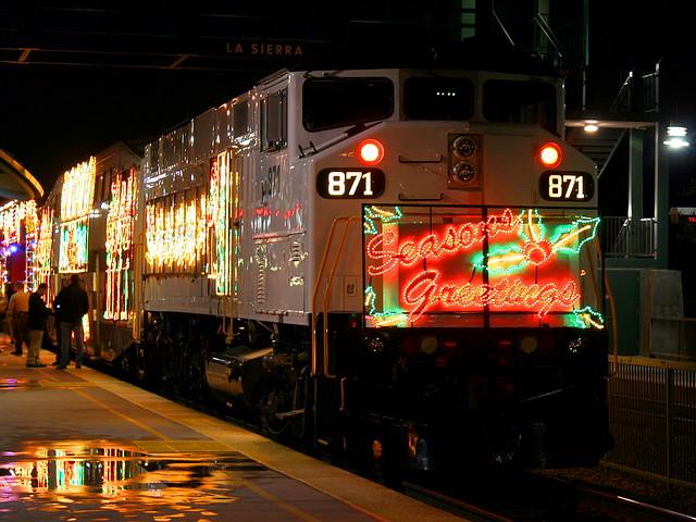 metrolink holiday toy express