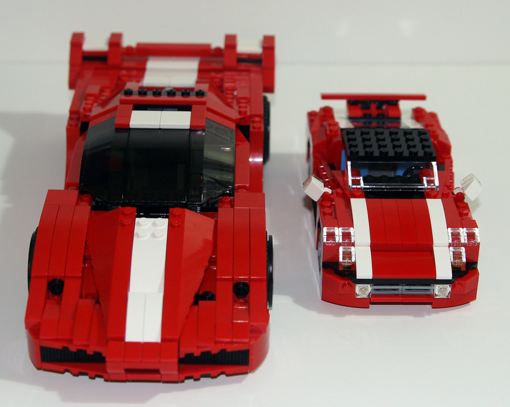 2010 lego creator 5867 super speedster compared to 8156. Black Bedroom Furniture Sets. Home Design Ideas