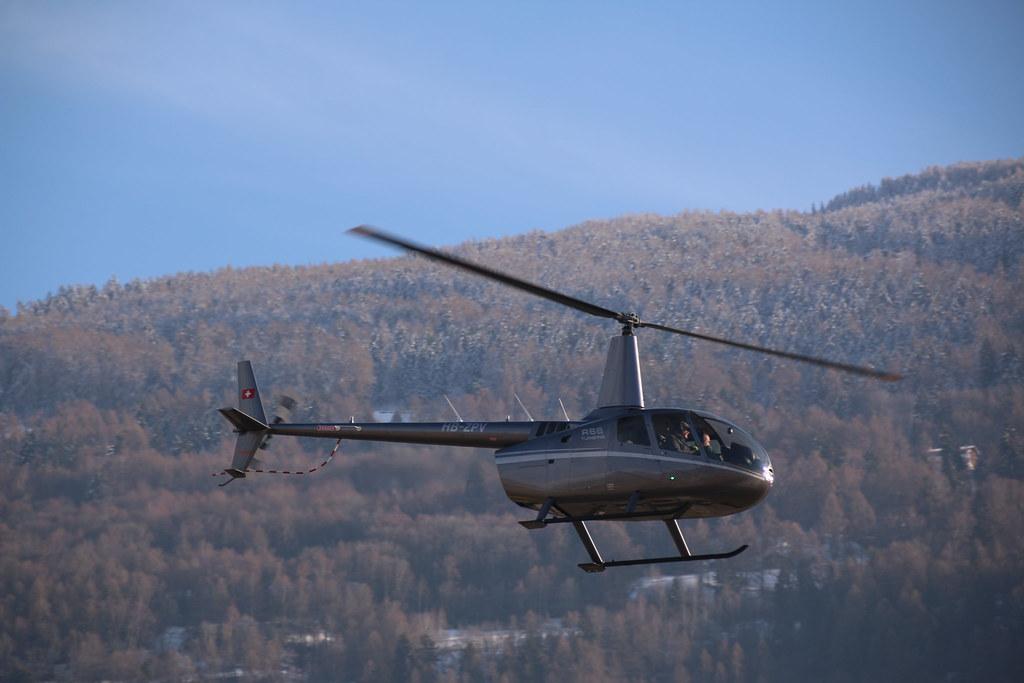 Aéroport - base aérienne de Sion (Suisse) 32232383564_1152ddef0b_b