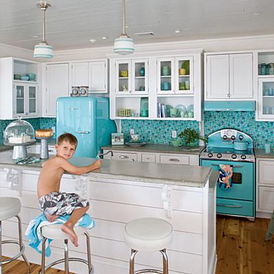 Trending White Kitchen