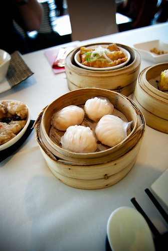 Yum Char Singapore - Check out this dim sum http://www.yomadic.com/tim-ho-wan/ | by Nate Robert