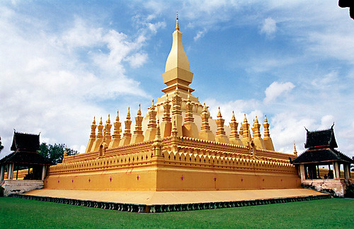 The Great Sacred Stupa, Pha That Luang, Vientiane, Laos ...