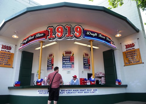 1919 Draft Root Beer Stand | by ding_pression
