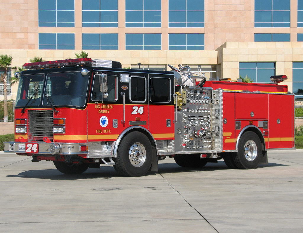lacofd station 24 palmdale lacofd engine 24 2006 kme. Black Bedroom Furniture Sets. Home Design Ideas