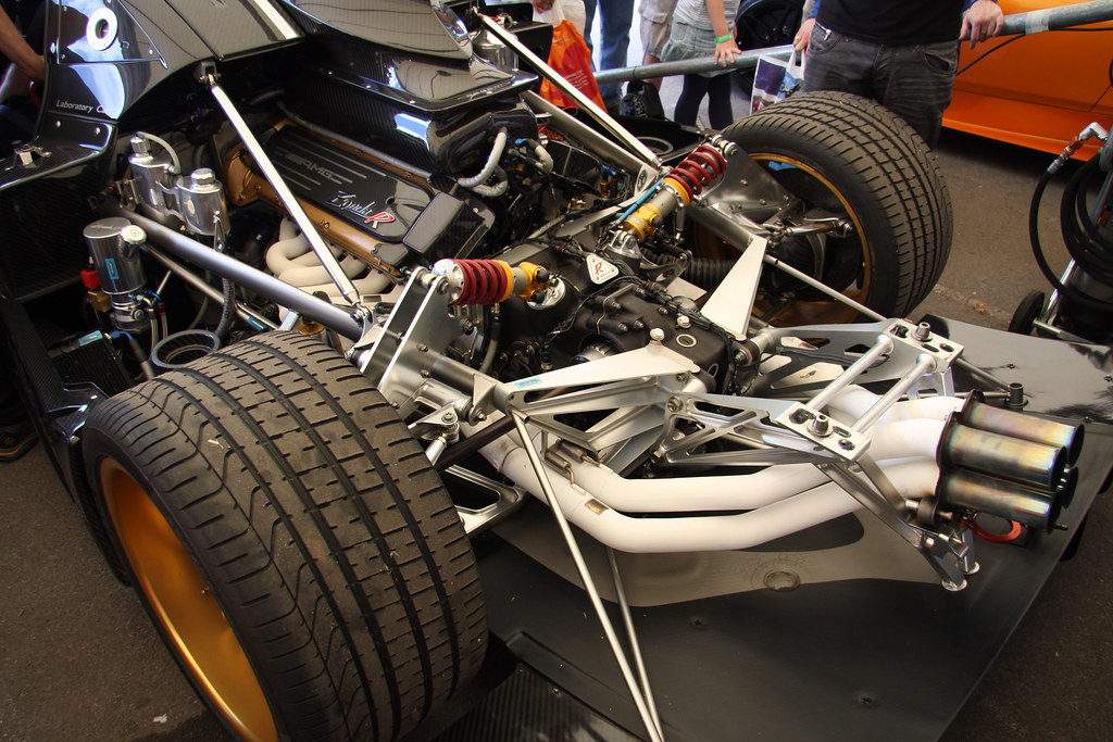 Pagani Zonda R engine | Brian Snelson | Flickr