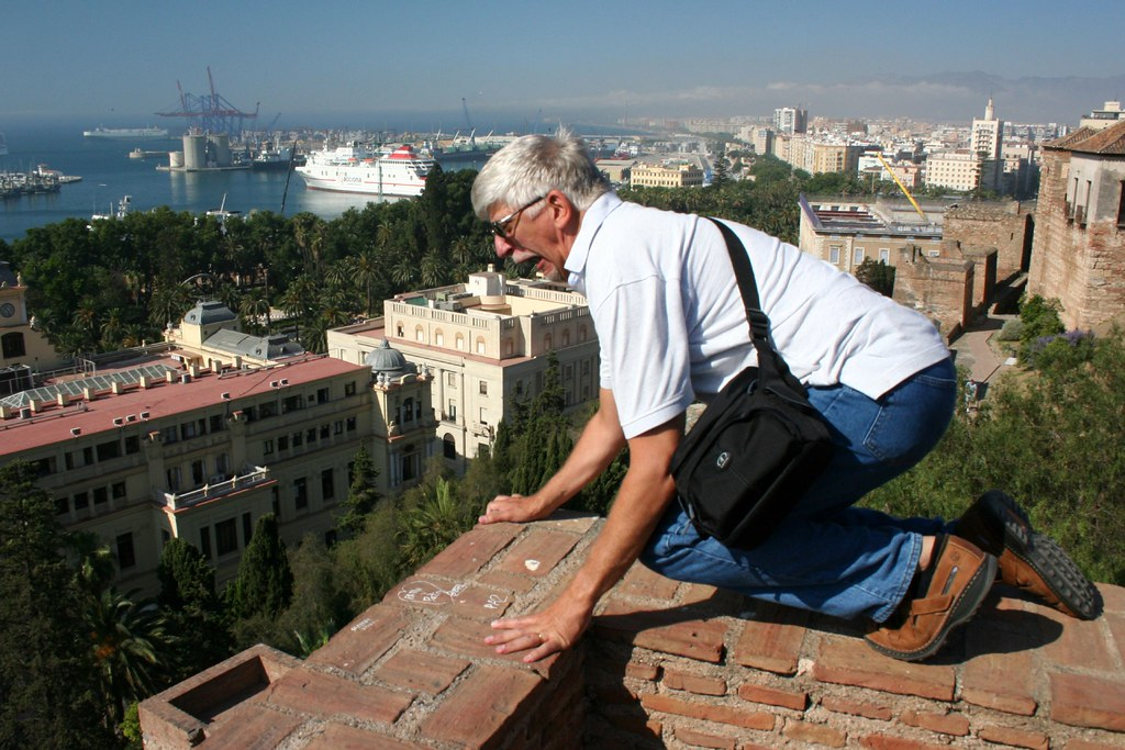 Fear Of Heights (Acrophobia): Causes and Treatment