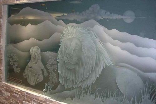 Etched Decorative Art Glass Wall Mural Lion Girl Mountain