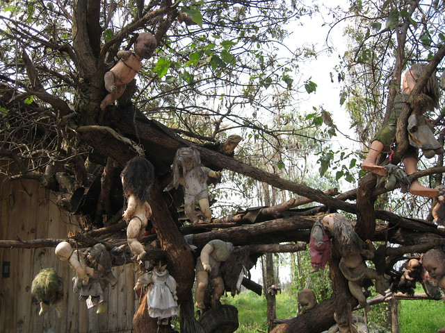 Isla De Las Muñecas (Island Of The Dolls)