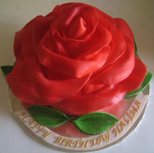 Large Rose Cake When It Came Time To Make This Cake I