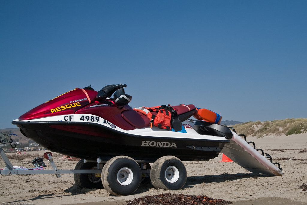 Honda Jet Ski >> Honda Jet ski Rescue Vehicle PWC personal watercraft CF 49… | Flickr