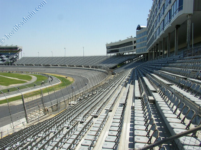 Front stretch grandstands charlotte lowes motor speedway for Charlotte motor speed way