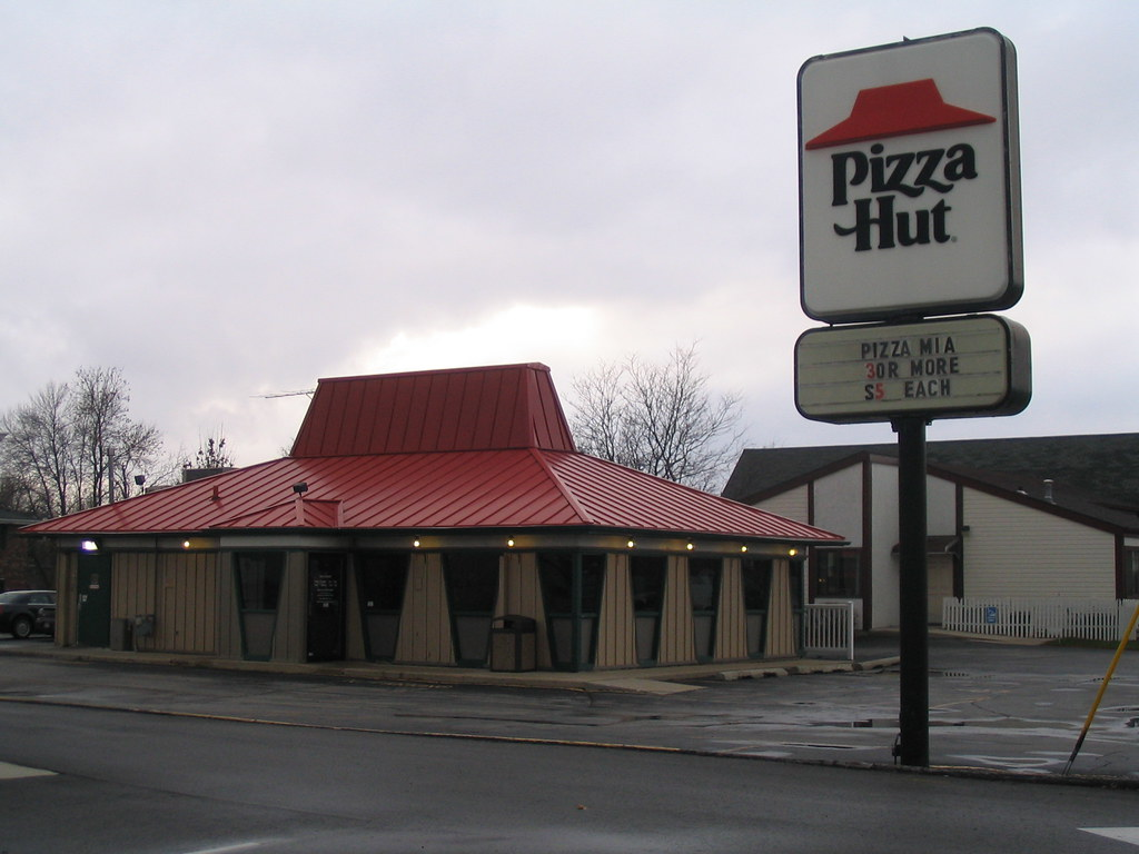 Tiny Pizza Hut Plymouth Wi Another Random Oddity From