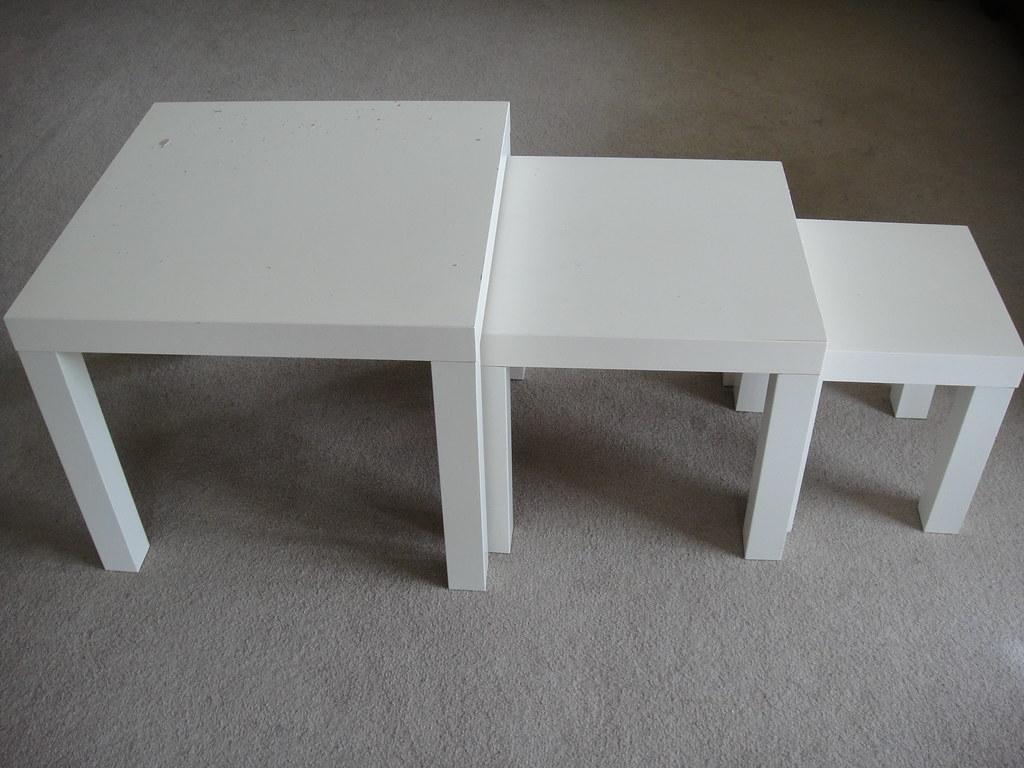 ikea kragsta nest of tables set of 2 the included plastic feet protect the floor vitsho masa. Black Bedroom Furniture Sets. Home Design Ideas
