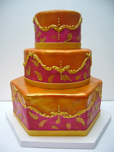 traditional indian wedding cake indian wedding cake 3 tier fondant exterior gold 21142