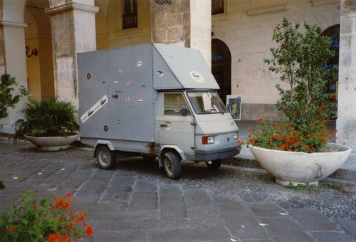 piaggio ape poker july 1996 italy skitmeister flickr. Black Bedroom Furniture Sets. Home Design Ideas