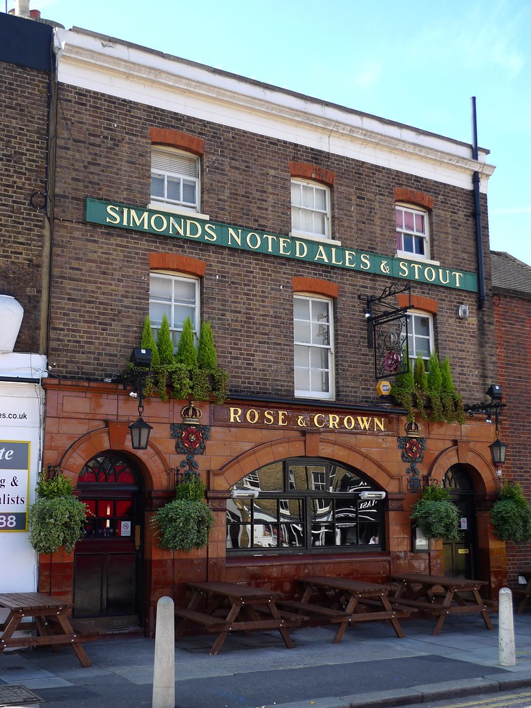 Rose and Crown, Clapham, SW4   Nice-looking place, with ...