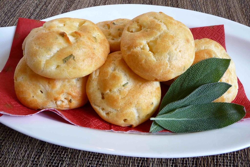 Sage & Gorgonzola Gougères (Cheese Puffs) | Think light ...