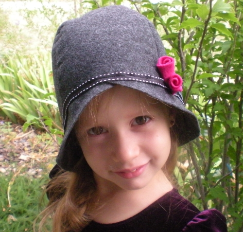 A Step by Step Guide to Making a Felt Cloche Hat