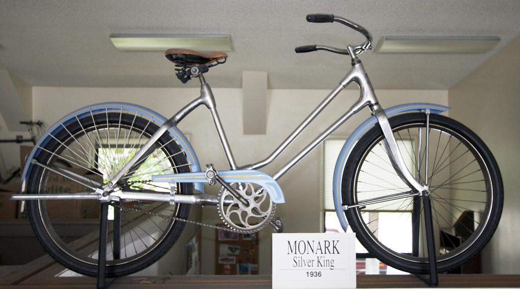 Monark Silver King Manufactured By Monark Battery