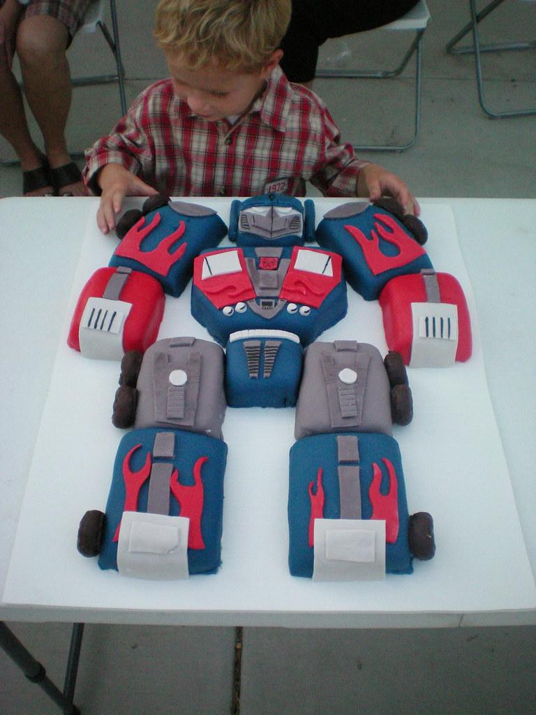 Transformers Birthday Cake 2 30 Quot X 20 Quot Chocolate Cake