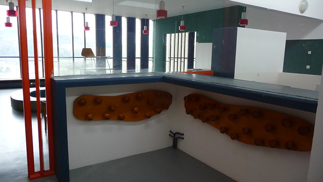 cole maternelle porte manteaux hauteur d 39 enfants. Black Bedroom Furniture Sets. Home Design Ideas