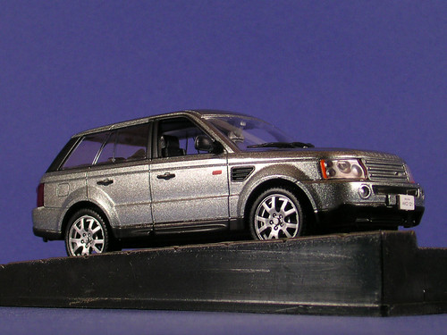 les voitures de james bond 007 range rover sport quan flickr. Black Bedroom Furniture Sets. Home Design Ideas
