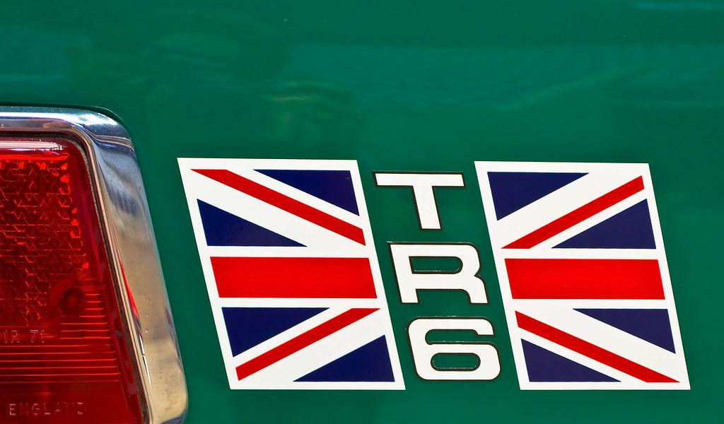 Triumph TR6 | Rear qua...