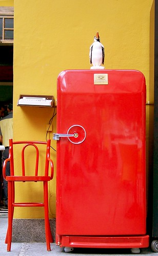 old fridge red 01 | This stylish refrigerator was ...